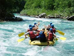 Visit to Naggar and White Water Rafting / Manali-Delhi by Overnight Volvo Bus