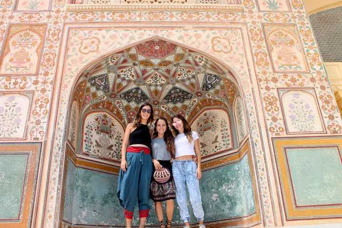 volunteer travel in India