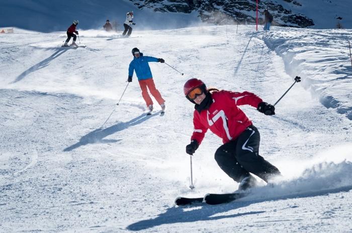 Heli-Skiing in India