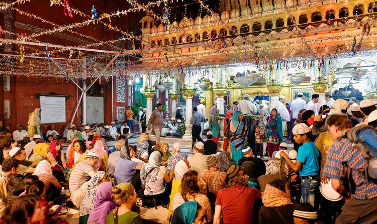 Hazrat-Nizamuddin-Dargah