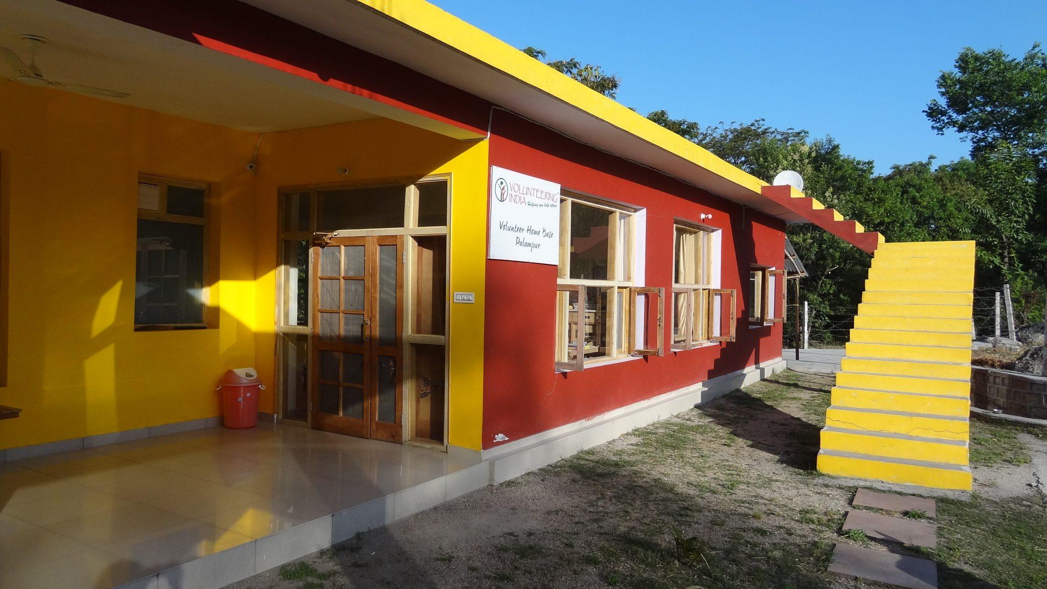 volunteer house palampur