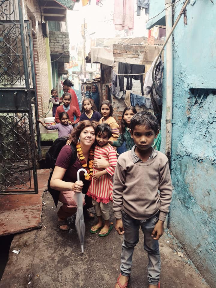 daphne playing with kids in India